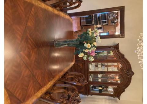 10 Piece Decorative Dining Room Set